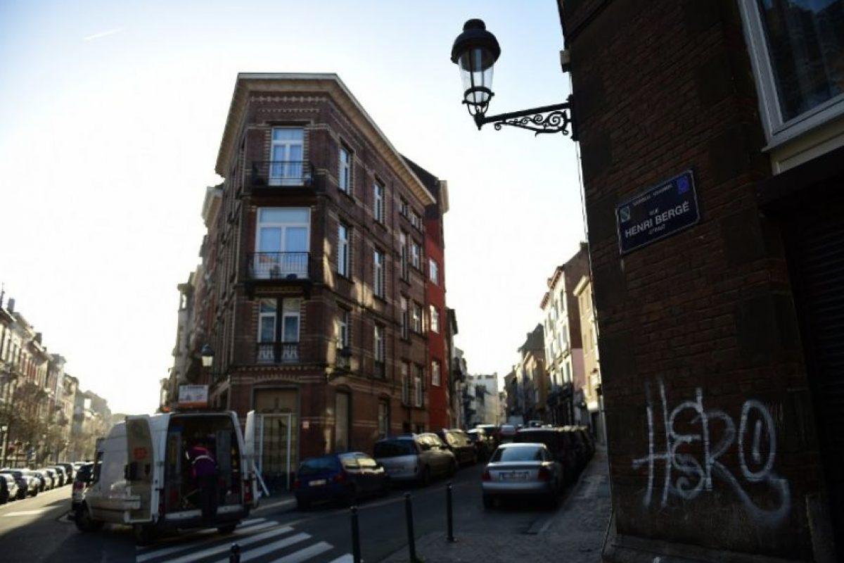 Entre ellas el departamento en el tercer piso de la calle Henri Bergé, en el distrito bruselense de Schaerbeek. Foto:AP