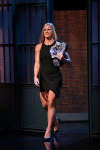 """En aquél combate, Holly siempre se mostró muy superior a """"Rowdy"""". Foto:Getty Images"""