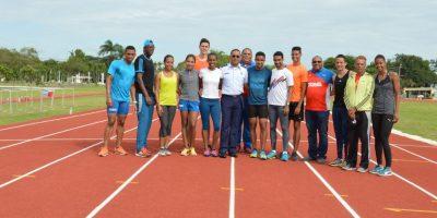 Atletas Realizan entrenamientos en nueva pista Base Aérea San Isidro