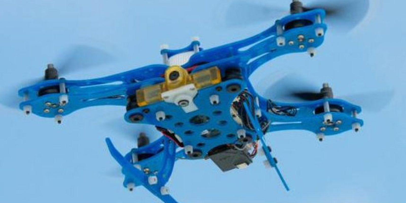 """El drone más inteligente. Qualcomm planea gobernar los cielos con su llamado """"Ferrari"""" de los drones. La nueva plataforma de vuelo Snapdragon es un drone que viene con vuelo autónomo, planificación de movimiento, y cartografía de obstáculos gracias a su procesador Snapdragon 801."""