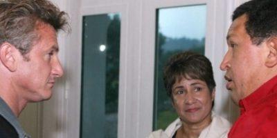 En 2007, el actor visitó este país latinoamericano, invitado por el mismo Chávez, y durante seis días, recorrió Venezuela acompañado con una libreta de apuntes. Foto:AFP