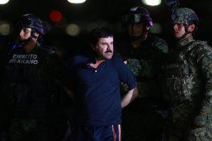 """La entrevista se realizó en un """"recinto fortificado"""" del """"Chapo"""", en medio de las montañas y bosques de Sinaloa. Foto:Getty Images"""