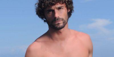 "Iván Sánchez era ""Santiago Fisterra"", el segundo gran amor de ""Teresa"", humilde pescador. Foto:vía Telemundo"
