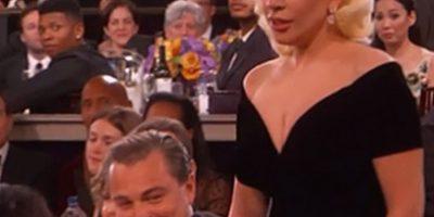 Empujó a Leonardo DiCaprio y la reacción se hizo viral. Foto:vía Twitter