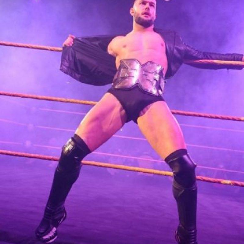 Finn Balor es una de las estrellas que NXT que más prometen para la WWE. Llegó en 2014 y desde entonces, muchos fans siguen de cerca su carrera y desean verlo pronto en el roster principal de la compañía. Foto:Vía instagram.com/wwebalor