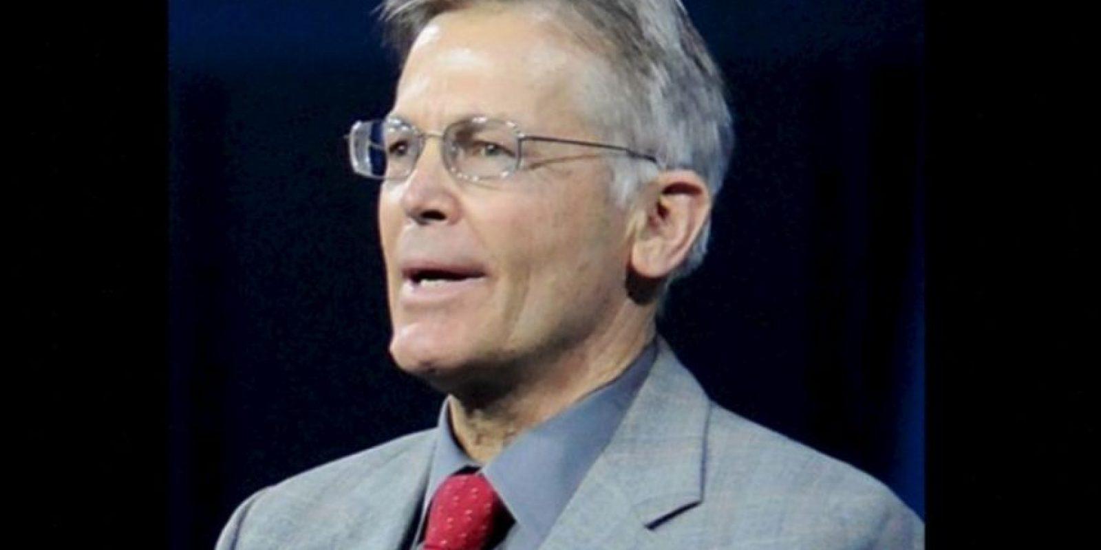 Es CEO de la empresa Arvest Bank e hijo del fundador de Walmart. Tiene 67 años y vive en Bentoville, Arkansas, Estados Unidos. Foto:Forbes.com