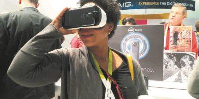 El nuevo modelo del visor de realidad virtual, Gear VR, más cómodo y flexible. Foto:Metro RD