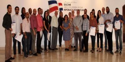 Cultura entrega certificados a los ganadores del concurso de cine 2015