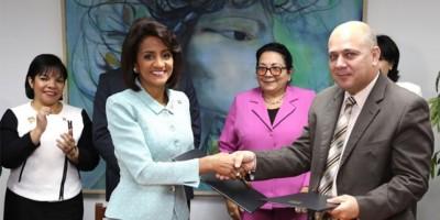 Primera dama resalta en Cuba las prioridades del Gobierno dominicano