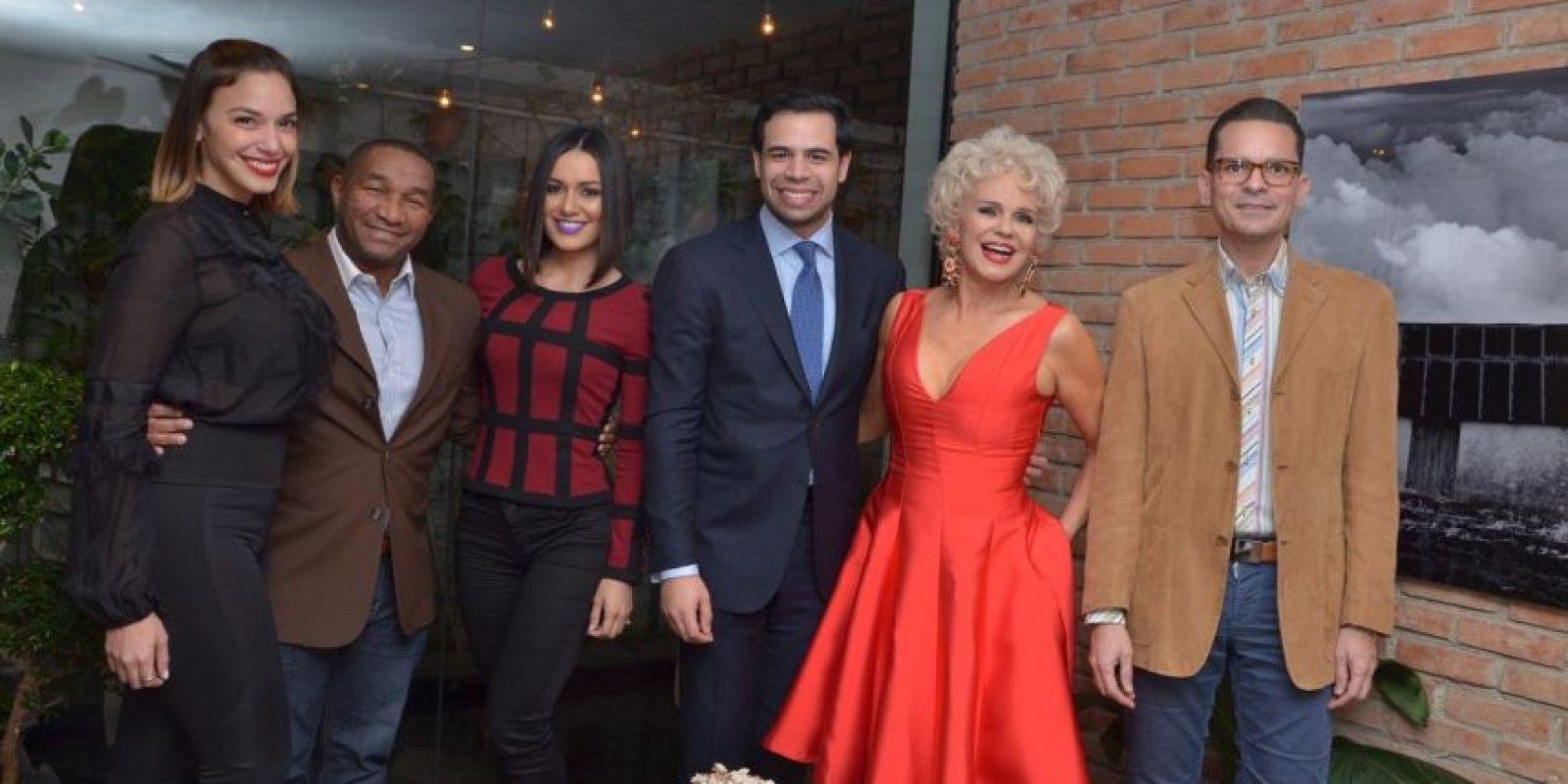 Hony Estrella, Manolo Ozuna, Tueska, Roberto Ángel Salcedo, Charytín Goico y Francisco Sanchís. Foto:Fuente Externa