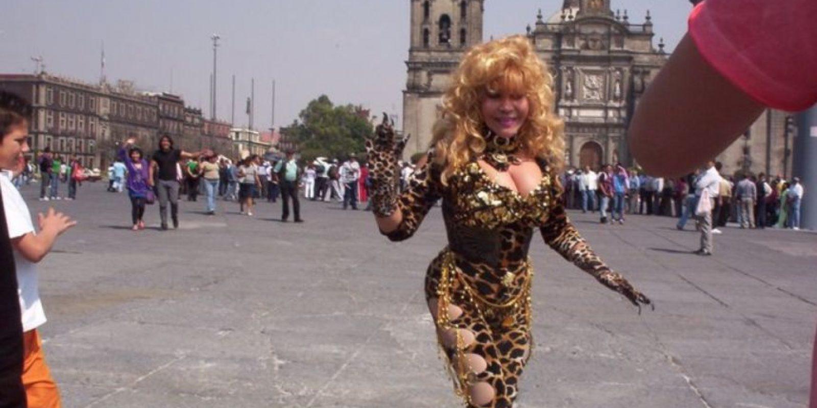 A los 12 se mudó a Lima. Trabajó como empleada doméstica para pagar su curso de cosmetología. Foto:Tigresa del Oriente/Facebook