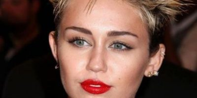 Fotos: Los 26 peinados más horrendos de los famosos en toda la Historia