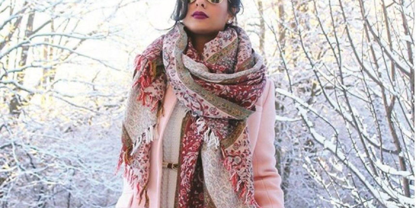 """Anam Shahid. Tiene 27 años y es creadora del portal """"The Style Menu"""". Se caracteriza por no usar el hijab y su estilo es más desenfadado y accesible para las iniciadas en el mundo de la moda que van más allá de una confesión religiosa. Tiene más de 24 mil seguidores en Instagram. Foto:Fuente Externa"""