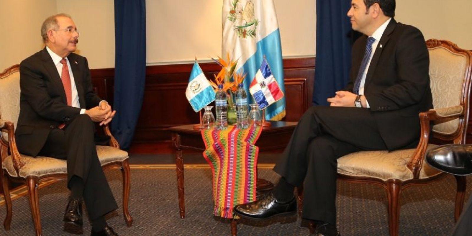 Danilo Medina se reunió a solas con el nuevo presidente en funciones de Guatemala: Jimmy Morales. Foto:presidencia