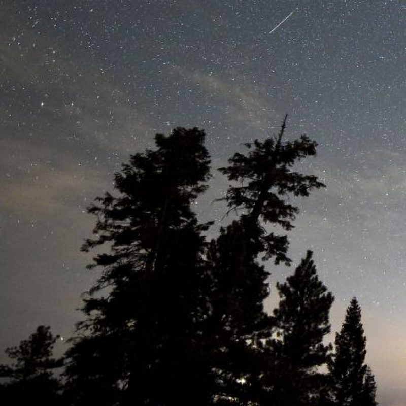 Lluvia anual de meteoritos captada el 13 de agosto de 2015 en el parque Spring Mountains de Nevada Foto: Getty Images