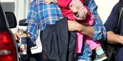 Así cuida Ashton Kutcher a su pequeña hija