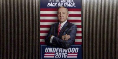 """La historia se centra en """"Frank Underwood"""", un despiadado congresista estadounidense que logra convertirse en presidente de los Estados Unidos y ahora busca la reelección en los comicios del 2016. Foto:Netflix"""