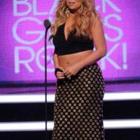 Con una forma corporal sinuosa la figura se desdibuja. Tal y como le sucedió a Mariah Carey. Foto:vía Getty Images