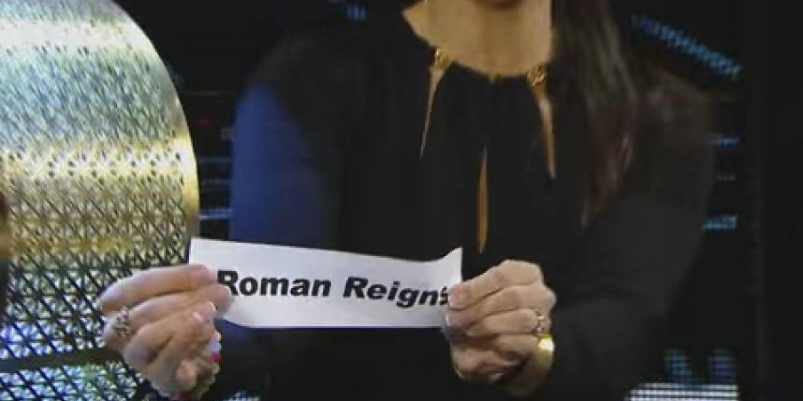En un sorteo que dejó muchas dudas fue elegido como el primer luchador que ingresará al ring en el Royal Rumble, en el que cada 90 segundos entra una nueva estrella Foto:WWE