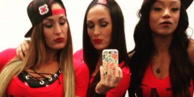 """Es miembro del """"Team Bella"""", junto a Nikki Bella y Naomi Foto:Vía instagram.com/thebriebella"""