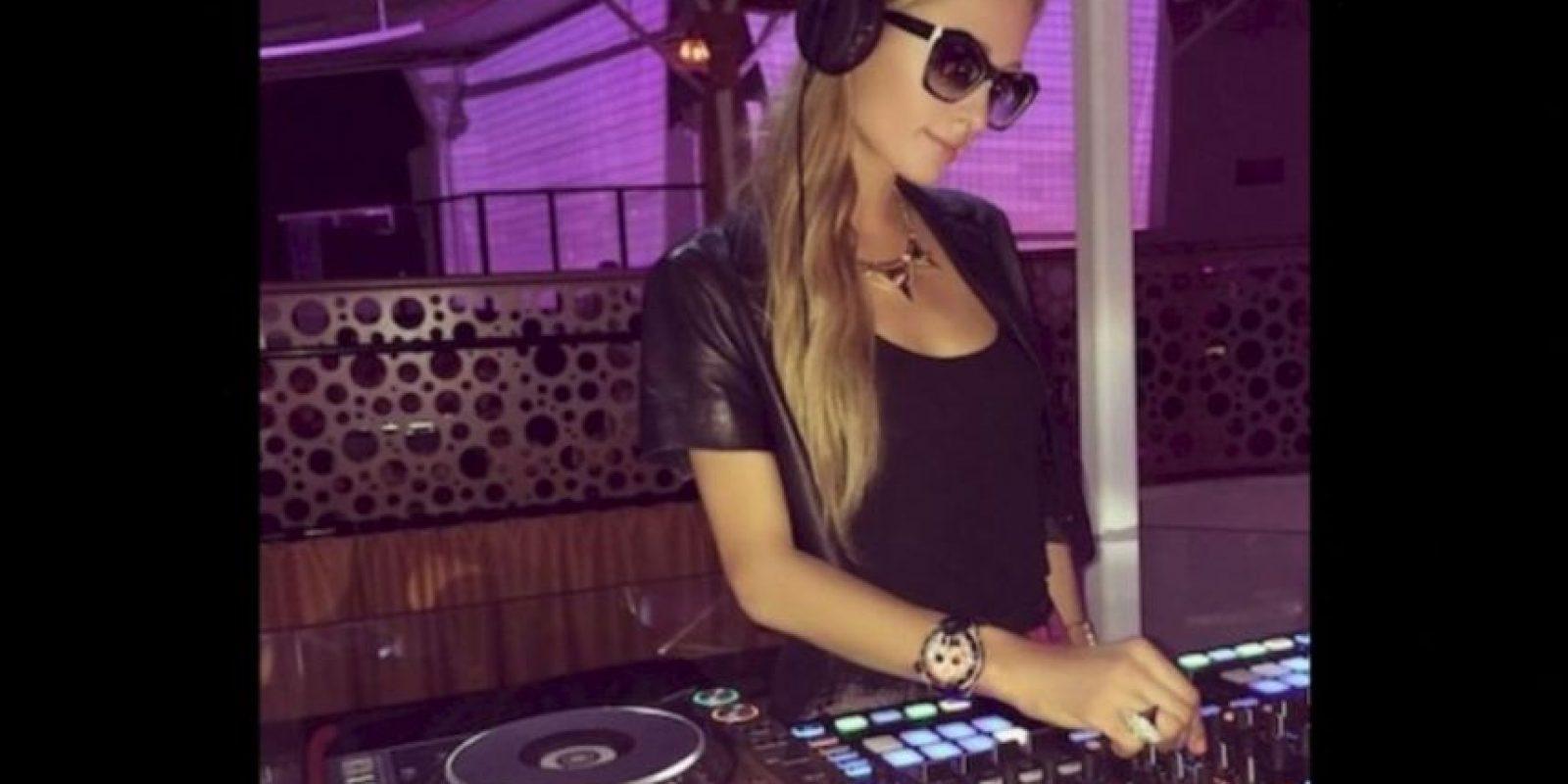 """Durante su viaje a Polonia de septiembre pasado, Paris Hilton perdió un anillo de diamantes valuado en 350 mil dólares, pero la socialité ha tenido mucha suerte y un """"buen hombre """"se lo ha regresado. Foto:Instagram.com/ParisHilton"""