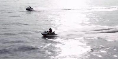 No faltaban los vehículos acuáticos. Foto:MrKimDotcom / YouTube