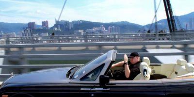 Los paseos en su convertible. Foto:MrKimDotcom / YouTube