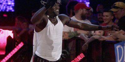 Su entrada rapeando siempre emociona al público Foto:WWE