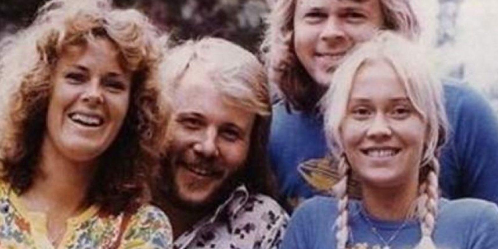 Los cuatro miembros del grupo Abba aparecieron juntos de nuevo Foto:Vía facebook.com/ABBA