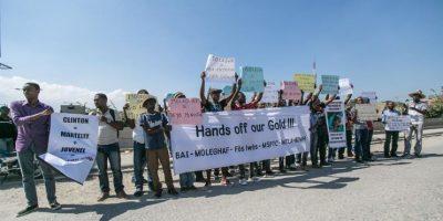 Bloquean calles de la capital haitiana a 48 horas de comicios presidenciales