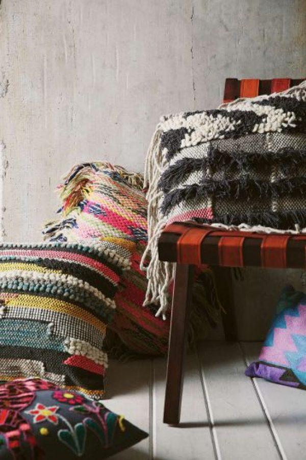 Cojines tejidos para una sala boho-chic. Foto:Fuente Externa