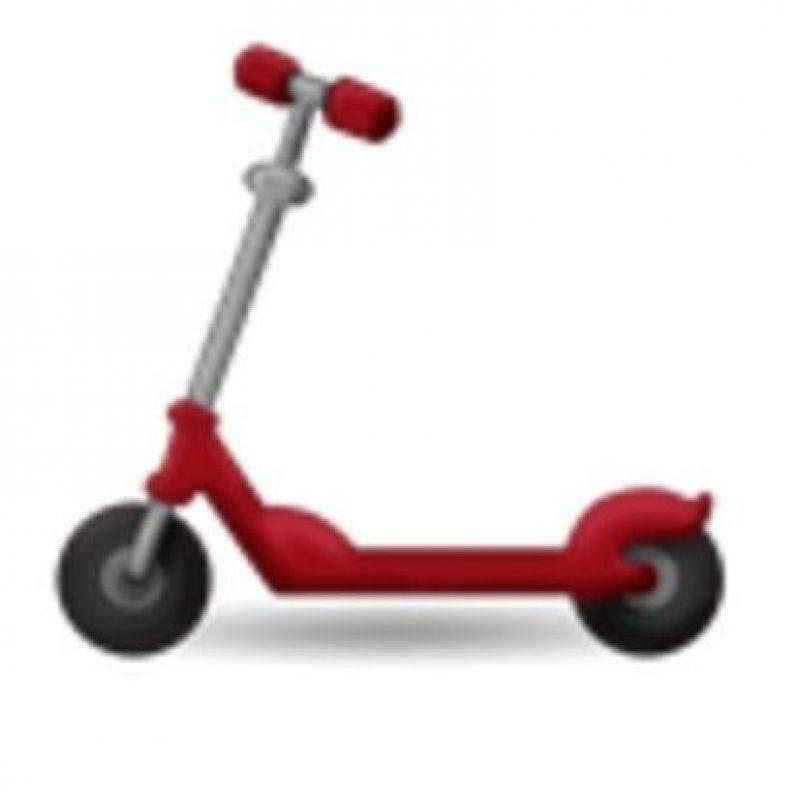Scooter. Foto:vía emojipedia.org