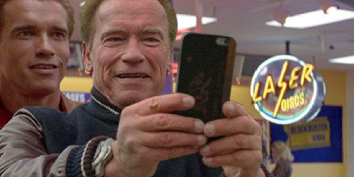 Arnold Schwarzenegger se tomó un selfie y se burlaron de él en redes sociales