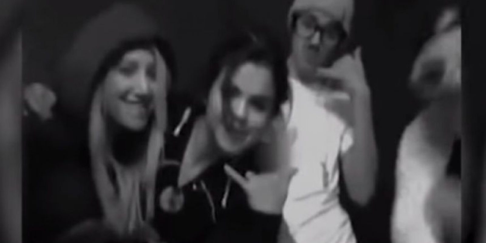 "7. Cuando se viralizó un video de Selena Gómez, Ashley Tisdale y Justin Bieber cantando ""Call Me Maybe"" Foto: Twitter"