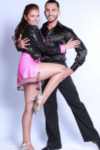 Su pareja de baile se llama Diego. Foto:Vía canalrcn.com