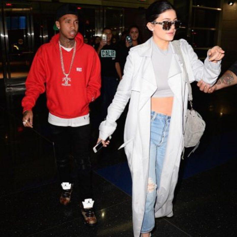 Kylie Jenner anda en ires y venires con Tyga, el rapero. Foto:vía Getty Images