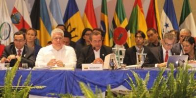 Navarro expresa en Ecuador compromiso de RD con desarrollo de la Celac