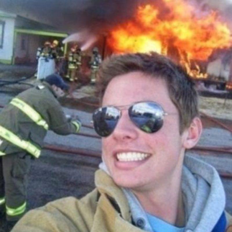 ente al incendio… Foto:Vía Twitter.com