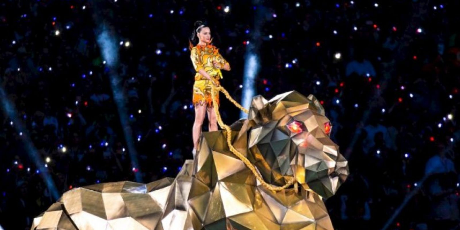 Miren las mejores imágenes del show de mediotiempo de Katy Perry en el Super Bowl del año pasado Foto:Getty Images