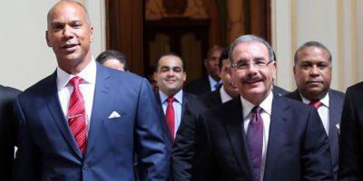 El presidente Medina recibió a los Leones del Escogido