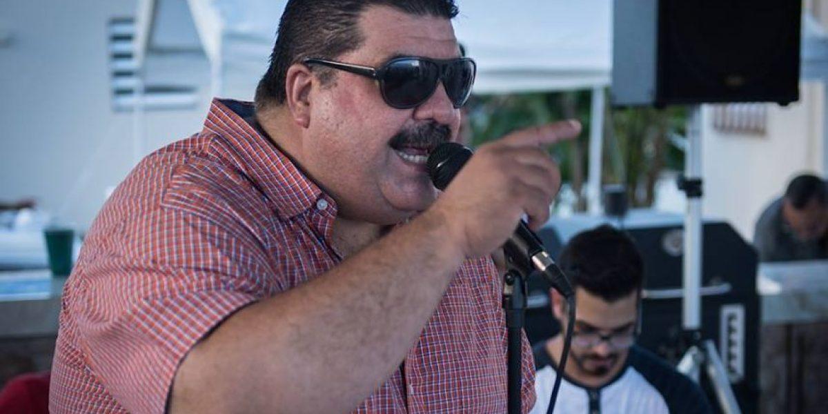 El salsero Maelo Ruiz denuncia que fanática le robó