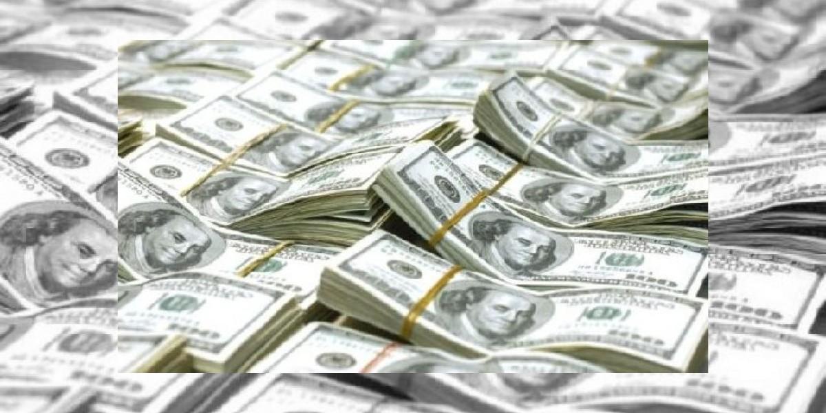 PN ocupa 5,600 dólares falsos a cuatro turistas argentinos en Bávaro