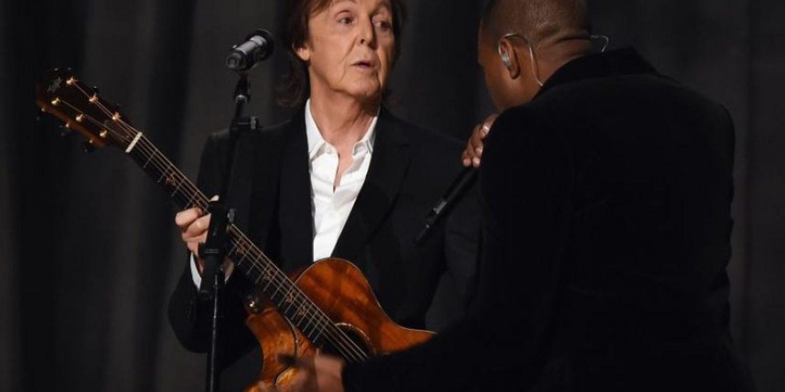 En 1984, Paul McCartney fue demandado por la presunta paternidad de Bettina Krischbin, hija de una mujer con la que tuvo una relación secreta durante tres años. Se hizo una prueba y dio negativo, pero en 2007, McCartney fue acusado de falsificar el examen. Foto:Getty Images