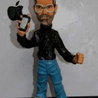 Los fanáticos recordaron al director de Apple con figuras de plastilina. Foto:Vía Tumblr.com
