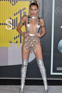Barbarella trashy o Miley .yrus Foto:vía Getty Images