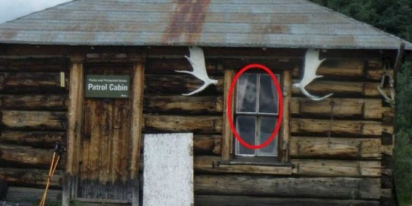 Tiempo después, se dio cuenta de que una extraña figura se encontraba en dicho lugar. Foto:Imgur