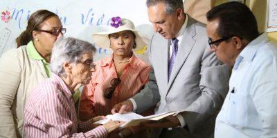 Medina ordena ampliar escuela parroquial de La Ciénaga