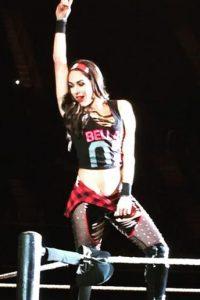"""Es parte del """"Team Bella"""", junto a su gemela Nikki y Naomi Foto:WWE"""