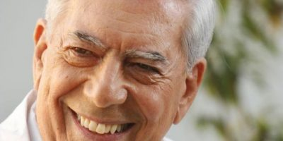 Tratan de impedir entrega de premio a Mario Vargas Llosa