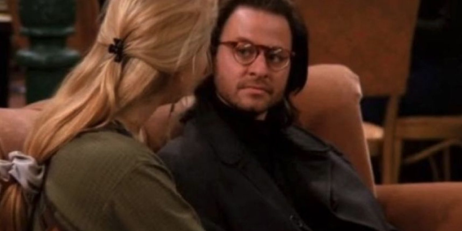 "Fisher Stevens Interpretó al novio psicólogo de ""Phoebe"" Foto: vía facebook.com/friends.tv Foto:Warner"